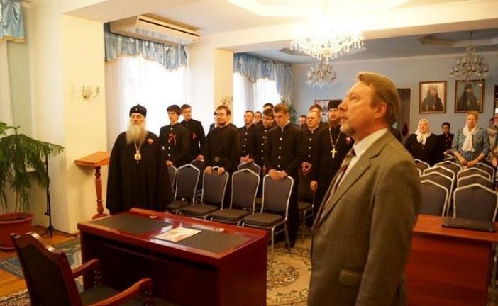 Лекцию в БДС прочитал писатель Юрий Воробьевский