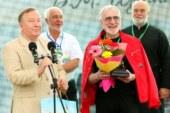 Награды победителям Шукшинского кинофестиваля вручили  Александр Карлин и Виктор Мережко