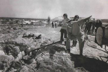 В Сростках работает выставка уникальных фотографий со съемок фильма с Василием Шукшиным «Они сражались за Родину»